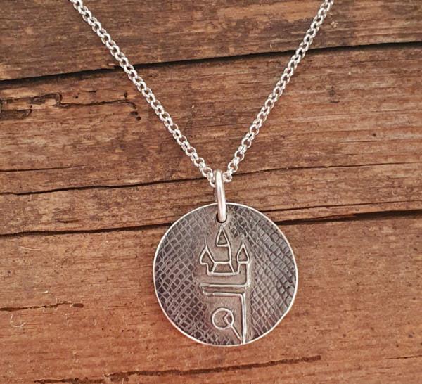 Straubing Talisman Patiniert mit Silberkette